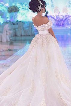 Wedding Dress Wedding Fashion The Bridal Collection Bridal Expo 2019 Ethereal Wedding Dress Luxury Wedding Dress, Princess Wedding Dresses, Dream Wedding Dresses, Bridal Dresses, Wedding Gowns, Tulle Wedding, Mermaid Wedding, Ethereal Wedding, Mermaid Dresses