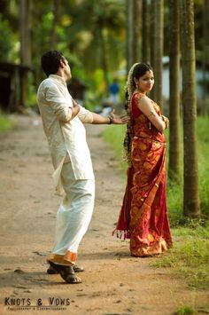Indian Movie Inspiration : Run around trees while singing her a romantic song! Preferably in your mother tongue. Trust us, that's more dramatic. And way more fun. ;) :D #photoshoot #weddingphoto #indian