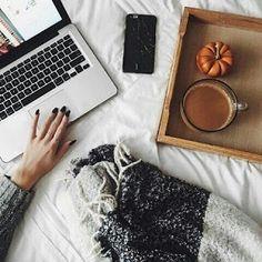Fashion Girl: It's Coffee O'clock.