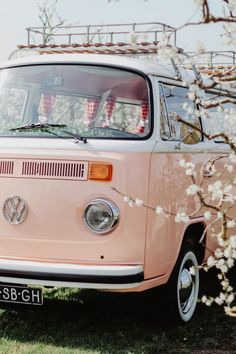 Pink VW vanbus Pink VW vanbus natalie greenwood Save Images natalie greenwood Volkswagen bus Miss Pe Pink VW vanbus Pink VW vanbus natalie greenwood Save Images natalie greenwood Volkswagen bus Miss Pe Fleuriscoeur fleuriscoeur Wanderlust Pink nbsp hellip Aesthetic Vintage, Aesthetic Photo, Aesthetic Pictures, Photo Wall Collage, Picture Wall, Aesthetic Backgrounds, Aesthetic Wallpapers, Wolkswagen Van, Vw Caravan
