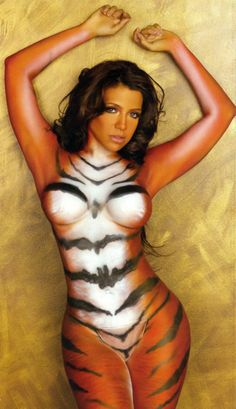 Vida guerra naked tiger the