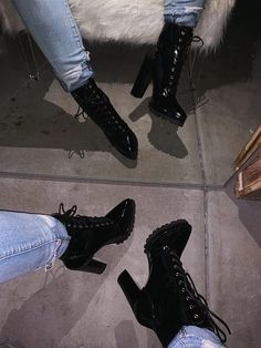 Discover recipes, home ideas, style inspiration and other ideas to try. Thigh High Boots, High Heel Boots, Bootie Boots, High Heels, Shoes Heels, Bootie Heels, Combat Boots Heels, Combat Boot Outfits, Style Converse
