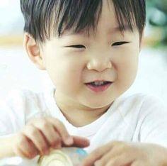 Asian Kids, Asian Babies, Cute Kids, Cute Babies, Superman Kids, Man Se, Song Daehan, Song Triplets, Miss You Guys