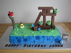 My 4 year old's b-day cake. Why did I let him look at angry birds? Angry Birds Birthday Cake, 5th Birthday Boys, Bird Birthday Parties, Angry Birds Cake, Thomas Birthday, Winter Birthday, Elmo Birthday, Birthday Sheet Cakes, Cool Birthday Cakes