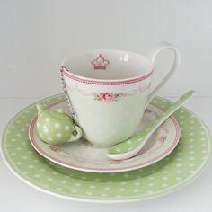 SnapWidget |  Чайная пара Амели 1670р В наличии 4 шт. Заказ на сайте www.danshprincess.ru