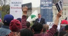 USA: 42.000 PERSONE TRA PASTORI E LEADER CRISTIANI FIRMANO PETIZIONE CONTRO LEGGE CHE LEGALIZZA I MATRIMONI GAY