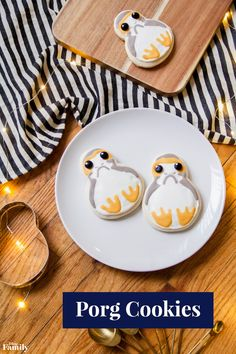 Whip up some treats inspired by a galaxy far, far away…To celebrate the opening of Star Wars: The Last Jedi, craft these Porg Cookies with your whole family. They're so adorable and delicious that they're sure to go fast. So, we recommend sneaking a few extra for yourself.