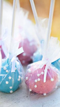 pink and blue cake pops #easter #favors