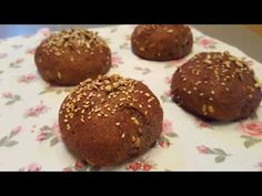 Low Carb pečivo - YouTube Lowes, Muffin, Food And Drink, Low Carb, Bread, Cookies, Chocolate, Breakfast, Fit