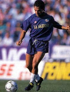 Serie A: Tres recuerdos 'anti-Juve' en Florencia: http://www.elenganche.es/2012/09/serie-a-tres-recuerdos-%E2%80%98anti-juve%E2%80%99-en-florencia.html#