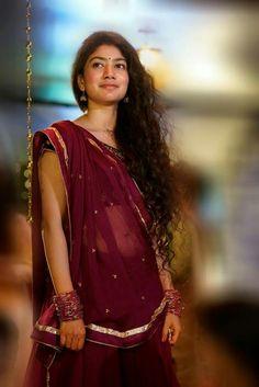 Sai Pallavi Beautiful HD Photoshoot Stills Beautiful Girl Indian, Most Beautiful Indian Actress, Beautiful Girl Image, Beautiful Actresses, Beautiful Heroine, Beautiful Saree, Beautiful Women, South Indian Actress Hot, Indian Actress Photos