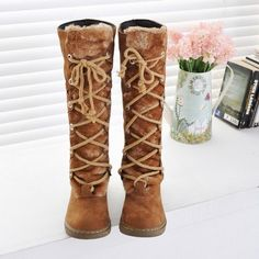 Retro Women Round Toe Flat Heels Lace Up Knee High Boots Warm Snow Shoes Stylish