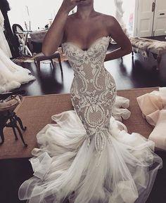 Looking like an absolutely GODDESS in @leahdagloria!! this silhouette and perfect fit is stunning!! #designer #australiandesigner #leahdagloria #weddingdress #weddinggown #bride #bridetobe #wedding #weddinginspiration #weddingday #weddingdaywhispers #empoweringcouples
