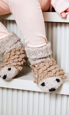 Knitting Socks, Baby Knitting, Kids Socks, Mittens, Knitwear, Knit Crochet, Sewing Projects, Slippers, Crafts