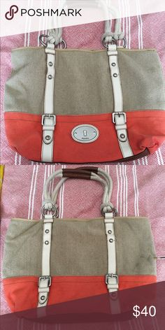 Fossil Canvas bag Barley used. Coral and beige. Great amount of room! Fossil Bags