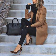 20 ideas de trajes elegantes de moda que caen - Kleidung für Teenager - Zapatos Winter Trends, Fall Outfits For Work, Fall Winter Outfits, Winter Ootd, Classy Outfits For Women, Winter Heels, Winter Style, Winter Office Outfit, Woman Outfits
