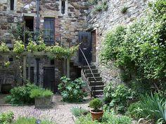 Medieval Herb Garden, Ypres Tower, Rye, East Sussex. By Jim Linwood, via Flickr.