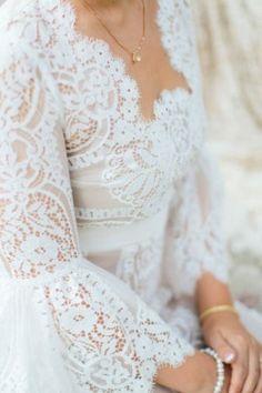 lWedding dress sleeve detail