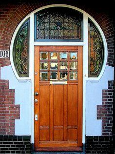 Dutch Jugendstil entrance by Roel Wijnants, Statenlaan, Den Haag/The Hague, South-Holland, The Netherlands. Door Knockers, Door Knobs, Door Handles, Cool Doors, Unique Doors, Porches, La Haye, Art Nouveau, Door Detail