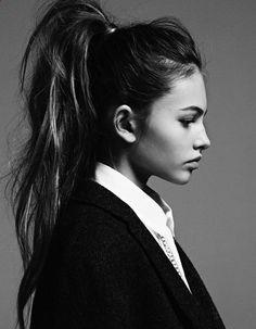 Coiffure cheveux attachés simple hiver 2015