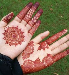 Recently browsing for best mehndi designs? See here our most beautiful ideas of henna or mehndi designs that are really awesome way for ladies to create in year Palm Mehndi Design, Indian Mehndi Designs, Mehndi Designs For Beginners, Modern Mehndi Designs, Mehndi Design Pictures, Mehndi Designs For Girls, Wedding Mehndi Designs, Beautiful Henna Designs, Latest Mehndi Designs