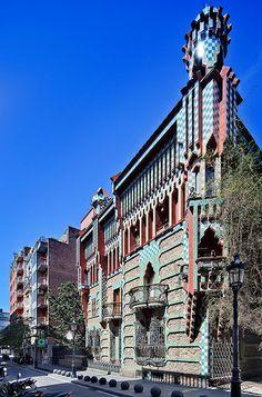 Casa Vicens | Barcelona, Spain | Antoni Gaudi ~~ For more: - ✯ http://www.pinterest.com/PinFantasy/arq-~-antoni-gaud%C3%AD/