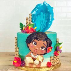 """105 curtidas, 3 comentários - @cassianedorigon (@ideiasdebolosefestas) no Instagram: """"Apaixonada... que perfeito este bolo de @dbakers_miami. . #ideiasdebolosefestas #moana #bolomoana…"""""""