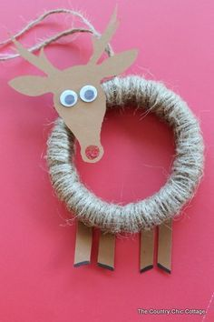 Embroidery Hoop Rudolph Ornament - Christmas Crafts for Kids - Mason Noel Christmas, Christmas Crafts For Kids, Homemade Christmas, Winter Christmas, Decor Crafts, Holiday Crafts, Christmas Decorations, Christmas Ornaments, Christmas Wreaths