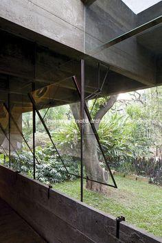 Architect's House Restoration, Butantã Brazil   Paulo Mendes da Rocha   Photo : Leonardo Finotti