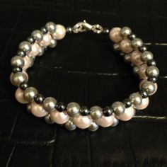 Grey and pink pearl bracelet