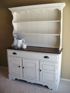 I would love an old hutch/buffet to fix up! Refurbished Furniture, Repurposed Furniture, Furniture Makeover, Painted Furniture, Refurbished Hutch, Furniture Projects, Furniture Making, Home Projects, Home Furniture