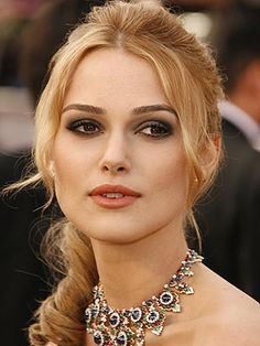 Makeup for Blonde Hair, Fair Skin, and Brown Eyes. I feel like if I went blonde... I could rock this shade.