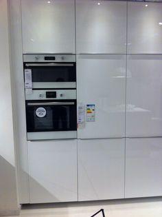 Metod Ringhult - hooglanzend wit - keuken 6 Ikea Gent - inbouw koelkast 152 ltr - vriezer 79 ltr - 200€