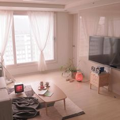 Image about interior in Home ❤ by Narwwr on We Heart It interior, living room, and minimal Small Apartment Living, Small Living Rooms, Living Room Designs, Korean Apartment Interior, Apartment Design, Cute Living Room, Simple Living Room, Living Room Korean Style, Aesthetic Room Decor