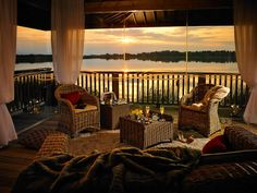 The Wineport Lodge is one of the most stunning hotels in Athlone. Hidden on the quiet, picturesque shores of Lough Ree. European Breaks, Hotel Breaks, See The Sun, Weekend Breaks, Summer Sun, Beautiful Sunset, Lodges, Places To Visit, Outdoor Decor