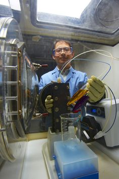 New Flow Battery Offers Lower-Cost Energy Storage | Energy storage system owners could see significant savings from a new flow battery technology that is projected to cost 60 percent less than today's standard flow batteries.  The organic aqueous flow battery, described in a paper published in the journal Advanced Energy Materials, is expected to cost $180 per kilowatt-hour once the technology is fully developed. [The Future of Batteries: http://futuristicnews.com/tag/battery/]