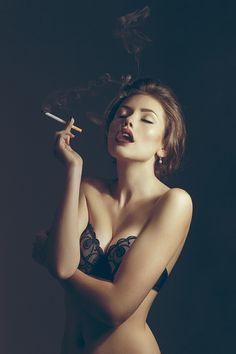Fotograf: Nik Skjøth - Loveforlingerie Haare / Make-up: Zainab Al Saadi Model . Smoking Ladies, Girl Smoking, Boudoir Photography, Portrait Photography, Fashion Photography, Happy Photography, Foto Glamour, Poses Photo, Lingerie Shoot