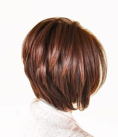 60 Beautiful and Convenient Medium Bob Hairstyles Glossy Reddish Brown Bob with V-Cut Layers Cute Bob Haircuts, Choppy Bob Hairstyles, Pixie Haircuts, Medium Hairstyles, Braided Hairstyles, Layered Haircuts, Medium Bob Haircuts, Teenage Hairstyles, V Cut Layers