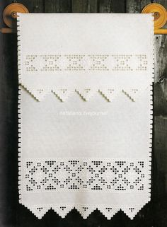 Hardanger Embroidery Ideas Asciugamano a hardanger / punto antico - . Types Of Embroidery, Learn Embroidery, Embroidery For Beginners, Embroidery Techniques, Hardanger Embroidery, Embroidery Stitches, Embroidery Patterns, Hand Embroidery, Cross Stitches