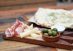 antipasto Italian Bar, Antipasto, Cheese, Food, Essen, Appetizers, Yemek, Meals