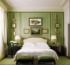 The Glam Pad: 50 Gorgeous Green and White Bedrooms. Four Seasons Hotel, Florence, Italy.