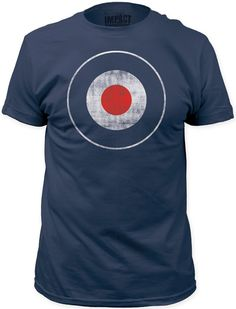 This men's blue tshirt spotlights the famous bullseye target logo. Created with distressed effects for a true vintage look and feel, our navy tee is made from 100% cotton.