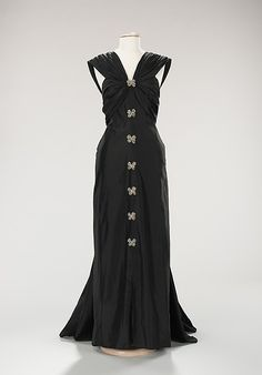 Evening dress, House of Lanvin.  Designer: Marie-Blanche di Pietrom, silk, rhinestones. F/W (French, 1948–49).