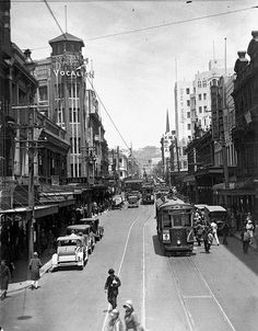 vintage everyday: Awesome Vintage Photos of Wellington, New Zealand New Zealand Attractions, Royal Photography, Kiwiana, Urban Planning, British Isles, Great Pictures, Auckland, Vintage Photos, The Good Place