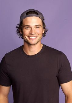 Tom Welling Get premium, high resolution news photos at Getty Images Look At You, How To Look Better, Tom Welling Smallville, Most Beautiful People, Teen Choice Awards, Clark Kent, Attractive People, Celebs, Celebrities