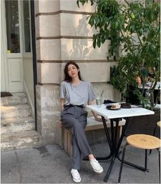 Simple Outfits, Trendy Outfits, Fashion Outfits, Womens Fashion, Fashion Tips, Korean Girl Fashion, Look Fashion, 80s Fashion, Grunge Fashion