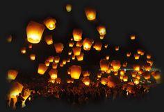Vliegende lantaarns - sky lanterns - lucht lantaarns