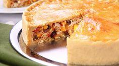 Torta de Frango com Palmito e Creme de Queijo - Recepedia | E sua receita, qual é?