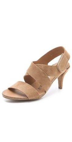 149 Best shoes images   Shoes, Me too shoes, Shoe boots