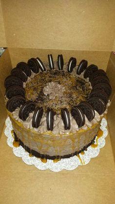 Orea salyed caramel cake Flour de Lis custom cakes and treats-Oklahoma www.facebook.com/flourdelisandrea